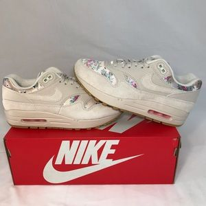 Nike Air Max 1 Floral Desert Suede Lifestyle Shoes